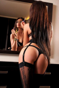 Escort in Montreal-Ouest: MARIA Outcall, Brunette de 35 ans horny 438-793-1130