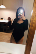 Escort in Saint-Laurent: Perfect Package SlimThick Young horny Milf 21